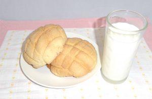 カリふわメロンパン