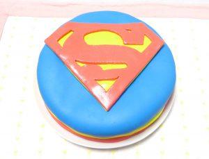 スーパーマンケーキ
