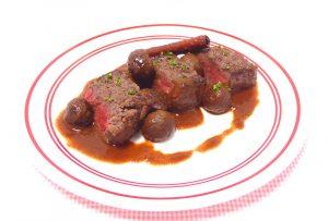 食戟のソーマ 鹿もも肉の炭火焼き栗のソースを再現した画像