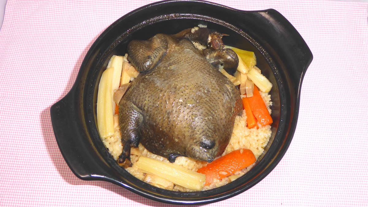 真・中華一番の烏骨鶏ご飯の炊き上がり画像